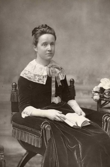Millicent_Fawcett2