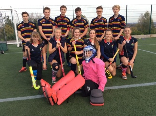 Sixth form hockey 031117
